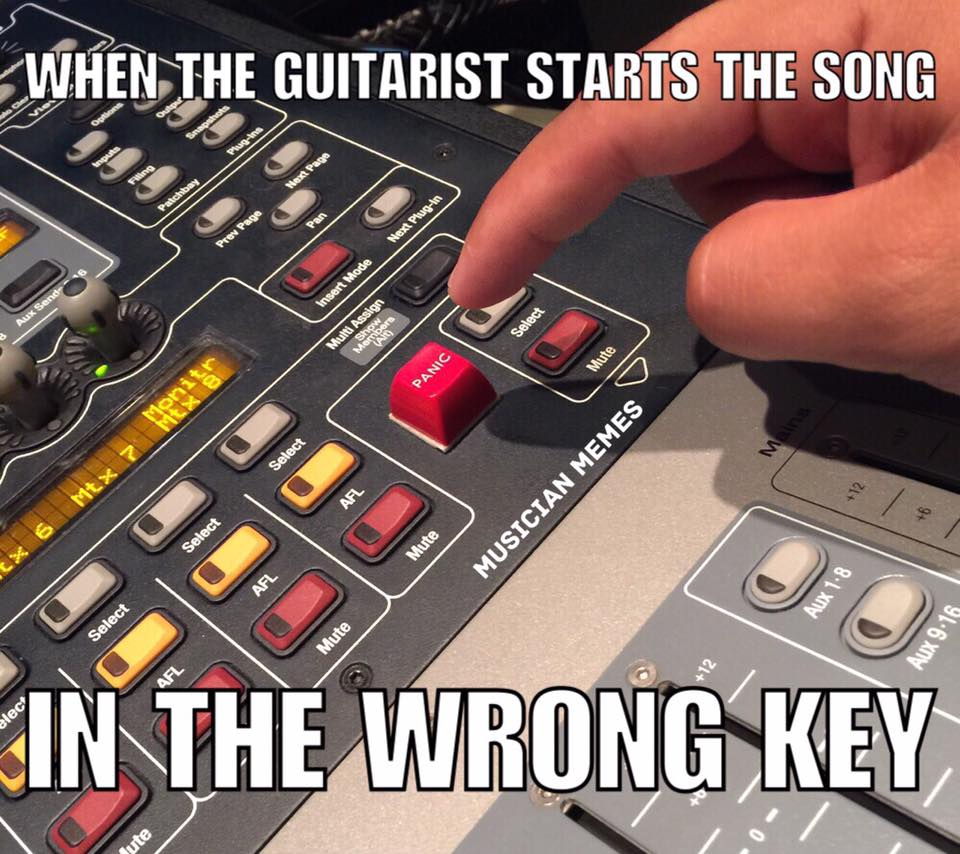 Guitarist starts song in wrong key
